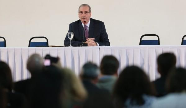 Perito em análise de voz conclui que Eduardo Cunha mentiu em coletiva