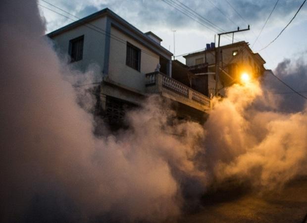 Pulverização aérea contra mosquito Aedes Aegypti, pode envenenar a população