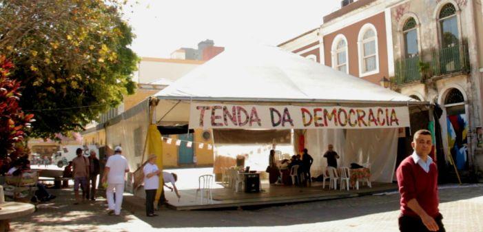 Tenda da Democracia da Capital Catarinense traz cultura e debate sobre o futuro do País
