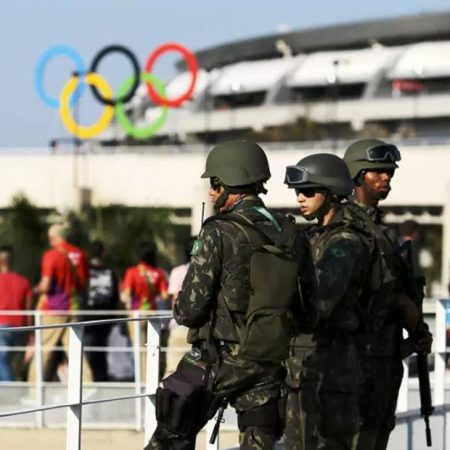 "É ouro para os dispositivos de segurança – o terrorismo ""voltou"""