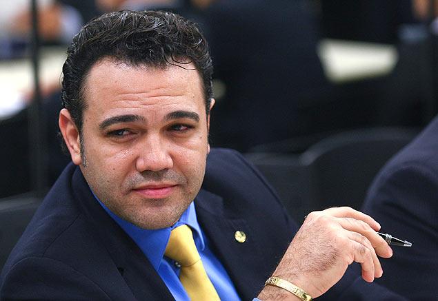 Jovem acusa Marco Feliciano de agressão e tentativa de estupro