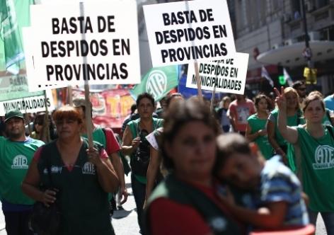 Mais de 2 mil jornalistas já foram demitidos na Argentina este ano