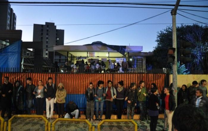 Paraná: 'Está na hora de acabar com esta brincadeira', diz Beto Richa