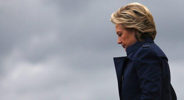 Clinton acusa chefe do FBI da sua derrota