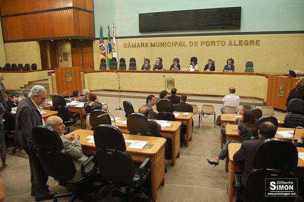 Câmara de POA aprova projeto que destina 20% da verba de publicidade a imprensa alternativa