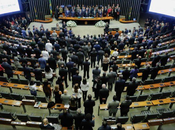 Eleições no Congresso escancaram racha nas bancadas do PT