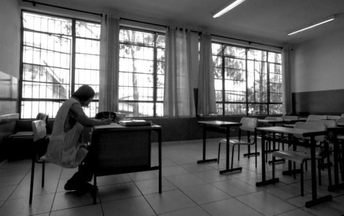 Alckmin corta direito a meia tarifa de ônibus para professores