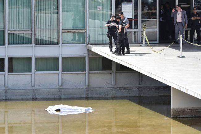 """""""Suicídio"""" de advogado no Congresso Nacional segue cercado de mistério"""