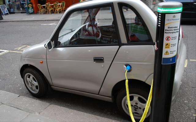 Carros elétricos já não são mais coisa do futuro. A disrupção está próxima