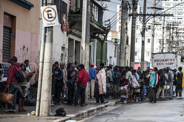 Programa antidrogas da prefeitura de SP enfrenta críticas de movimentos populares