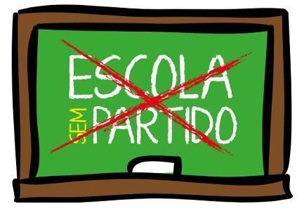 Manifestação de repúdio às perseguições promovidas pelo movimento escola 'sem' partido