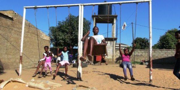 Em Moçambique mais de um milhão de crianças são vítimas de trabalho infantil (Foto: Jornal Notícias )