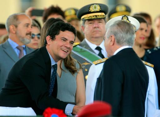 É um novo modelo de ditadura que se instala no Brasil