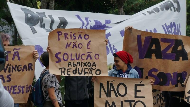 Ato contra o Deputado Jair Bolsonaro, nesta tarde em Florianópolis