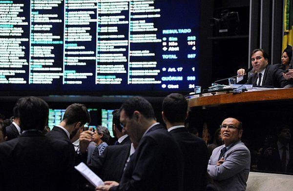 Governo Temer vai entregar de graça e por 30 anos rodovias, aeroportos e ferrovias