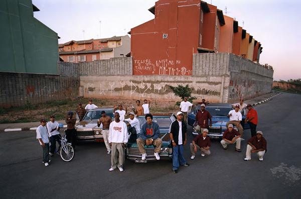 30 anos de carreira dos Racionais MC's ganham exposição inédita durante o RBMA Festival