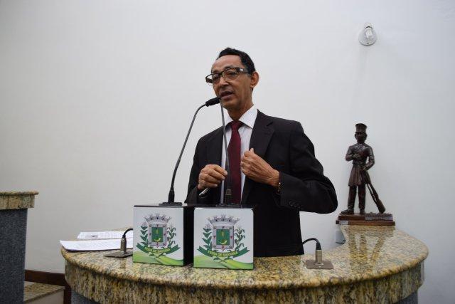 Vereador de Feira de Santana vota contra projeto por conter a palavra 'gênero'