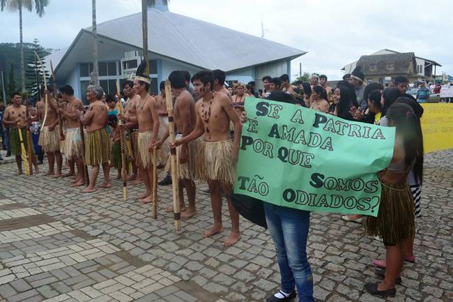 Os indígenas na barragem: a omissão da imprensa e a reprodução do discurso de preconceito contra o povo Laklãnõ-Xokleng