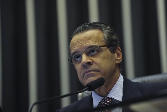 PF prende o ex-ministro e ex-presidente da Câmara Henrique Eduardo Alves