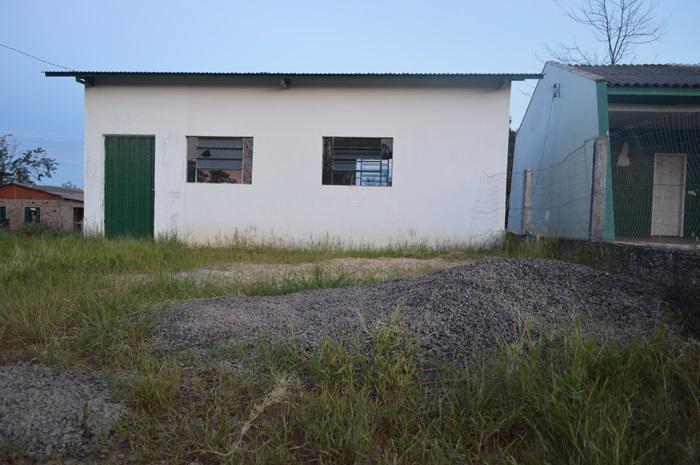 Moradores da Pedreira reivindicam conclusão nas obras do salão da comunidade