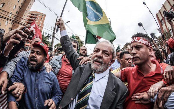 Imprensa internacional diz que condenação de Lula vem em meio a favoritismo para 2018; veja repercussão