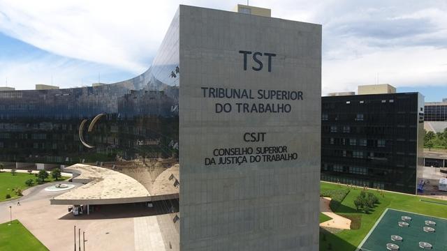 Refugiado haitiano não poderá trabalhar na Comcap, diz TST