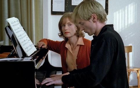 "Cineclube Badesc exibe hoje ""A professora de piano"""