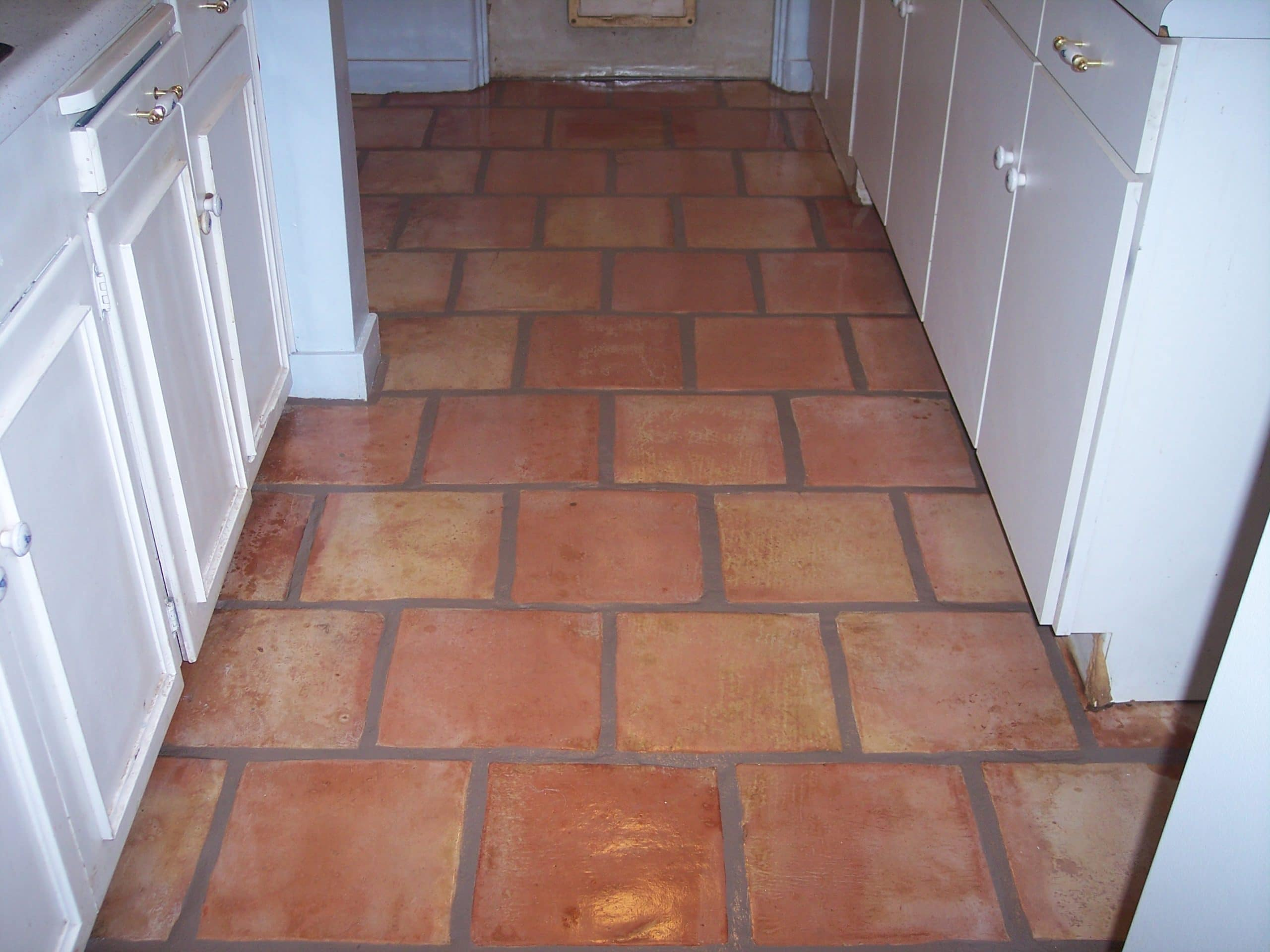 Rode Vloertegels Mexican Tile Cleaning Desert Tile And Grout Care