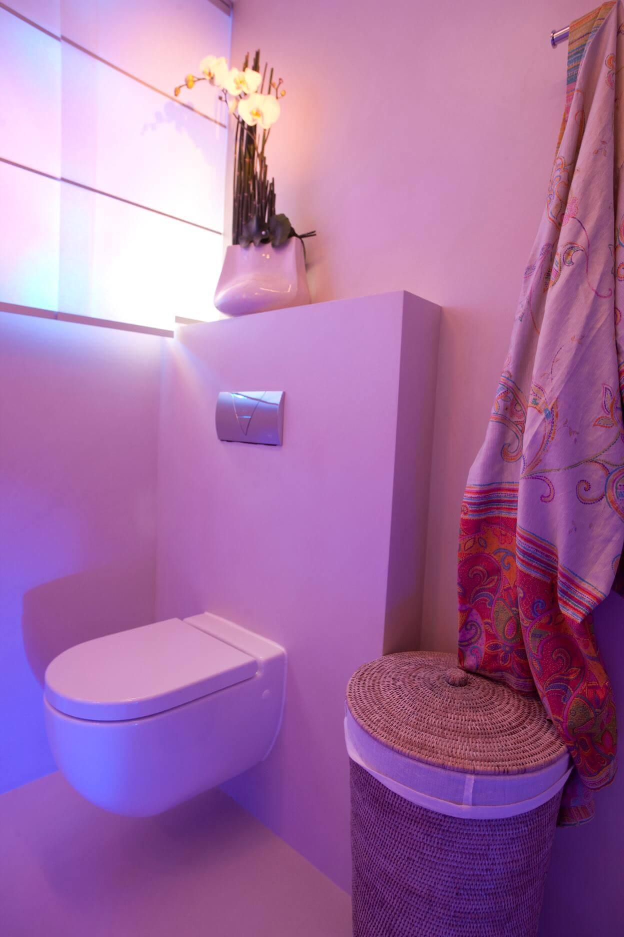 Badezimmer fugenfrei fugenlose b der liegen voll im trend hsh installat r - Duschwand fugenlos ...