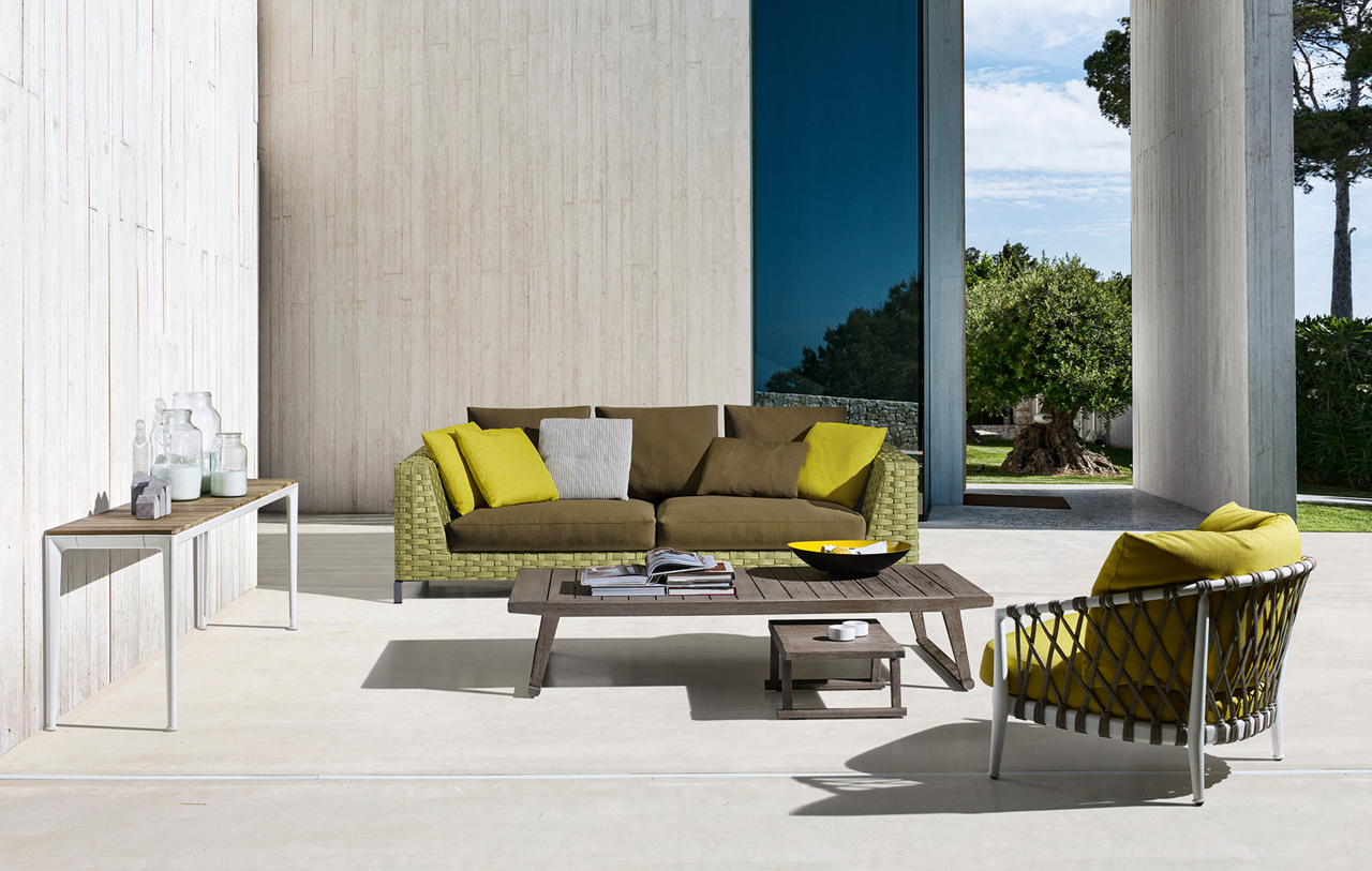 Antonio Citterio City Sofa B B Italia Expands Antonio Citterio S Ray Collection To Include
