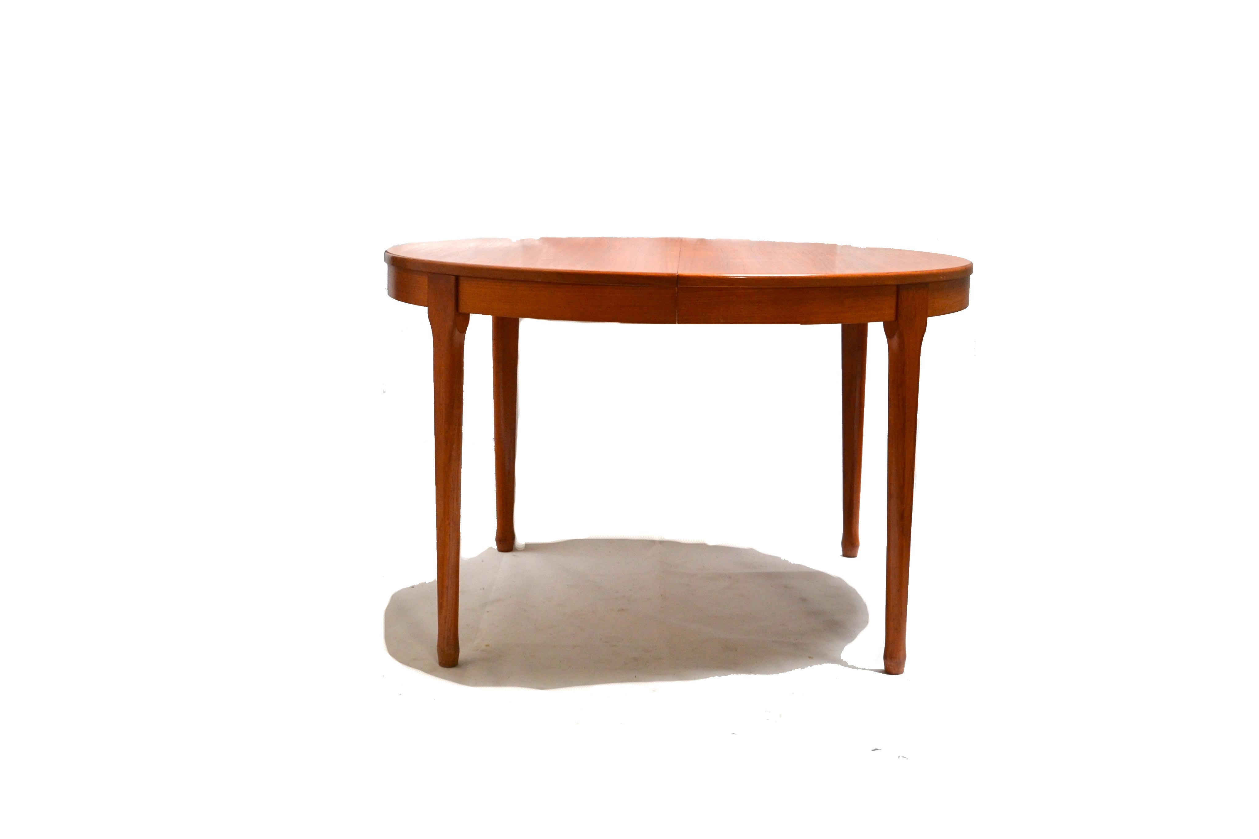 Meuble Tv Vintage Design Vintage Extendable Round Dining Table Produced By Meubles T V