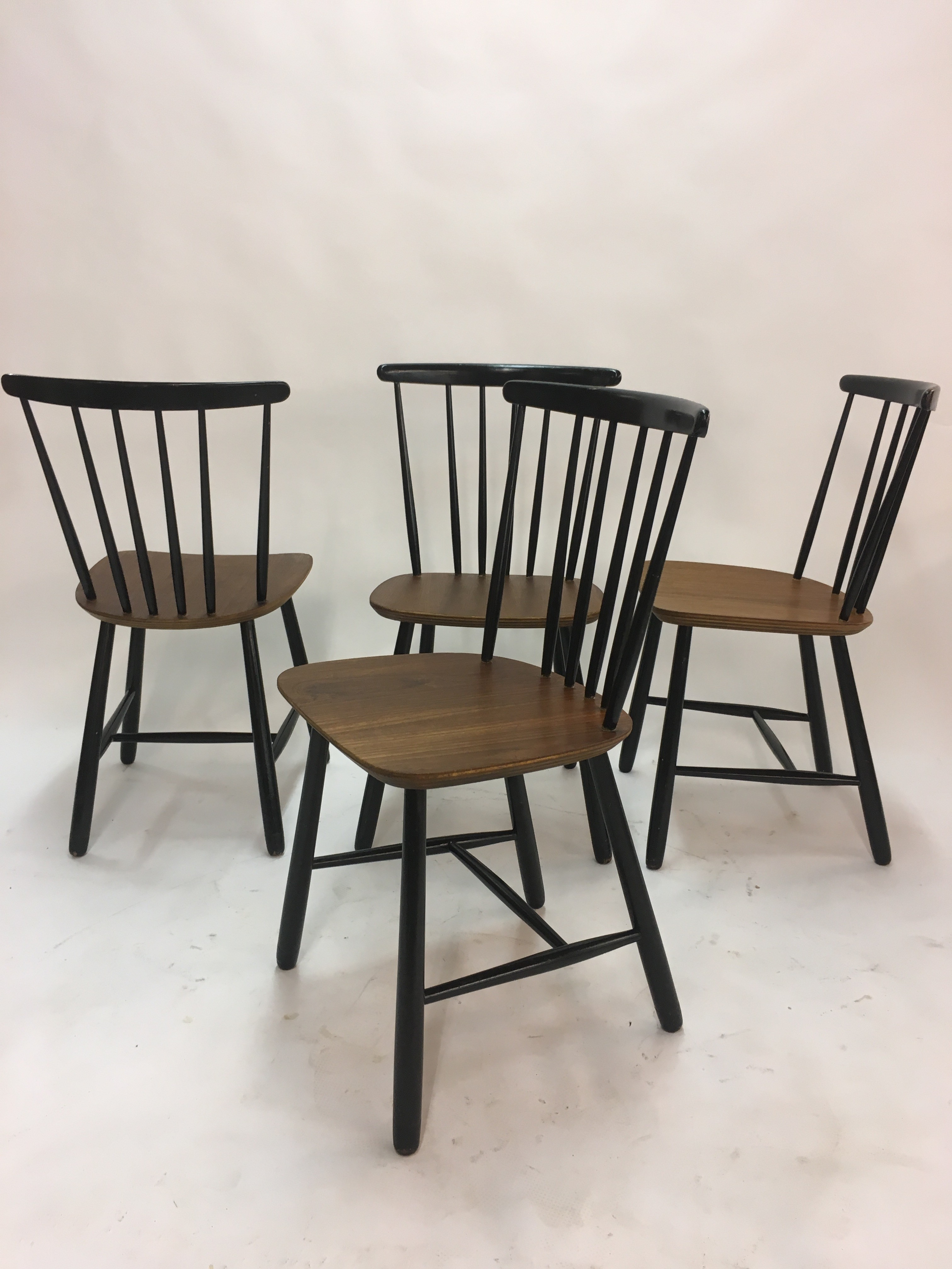 Poul Cadovius Set Of 4 Vintage Scandinavian Spindle Back Dining Chairs