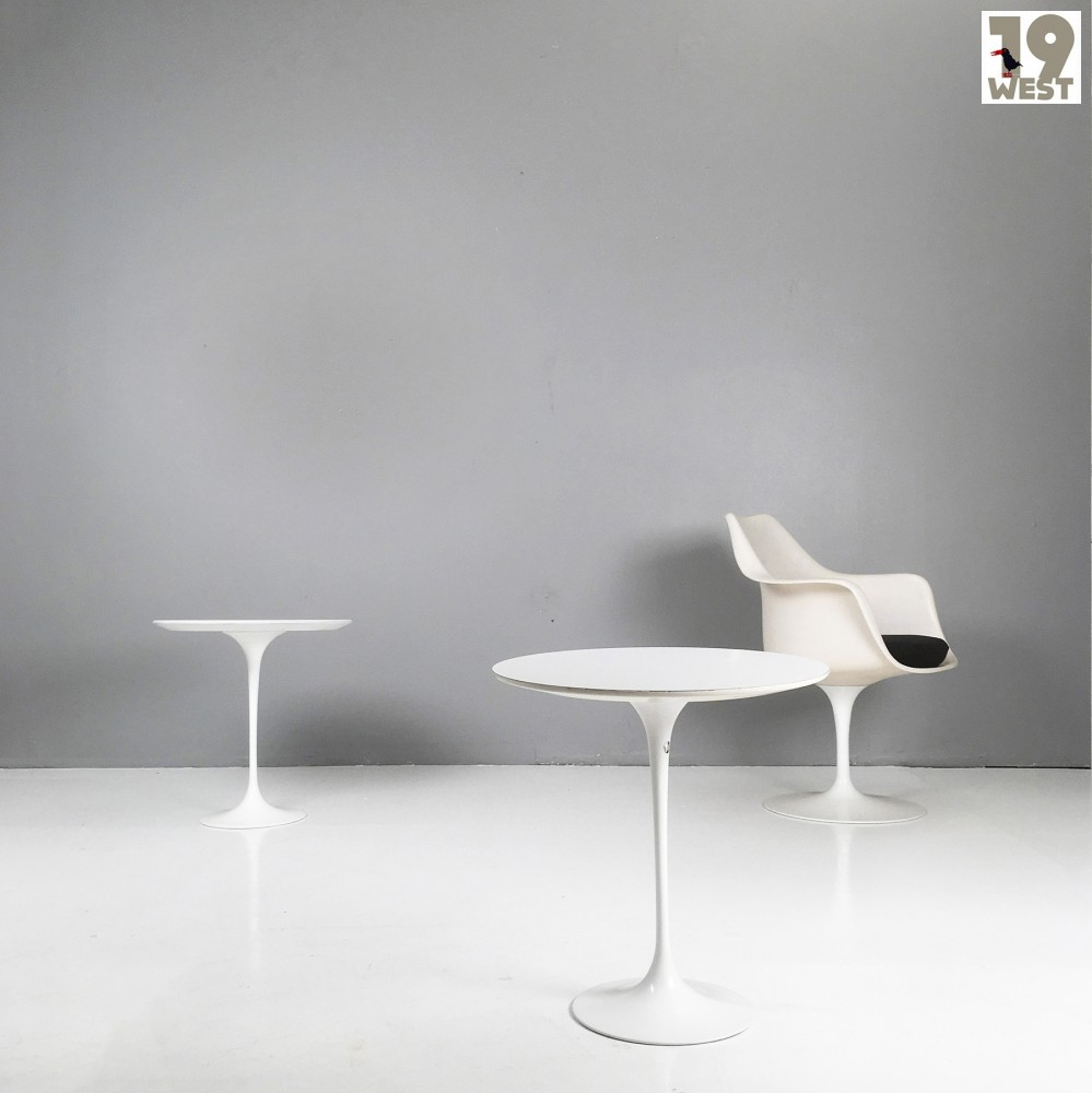 Saarinen Knoll Table Tulip Side Table By Eero Saarinen For Knoll International