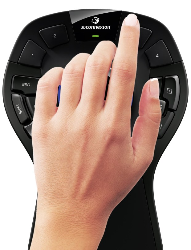 SpaceMouse Pro Wireless Female hand