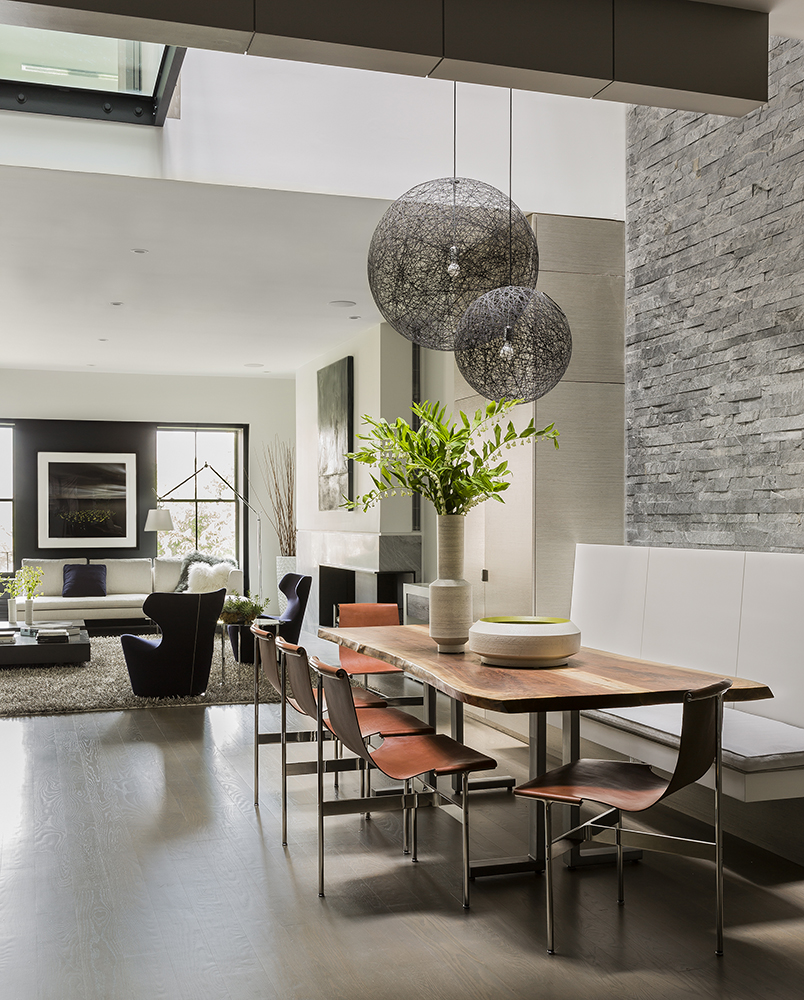 Chaises Dsw Blanches Atrium House — Bsa Design Awards | Boston Society Of