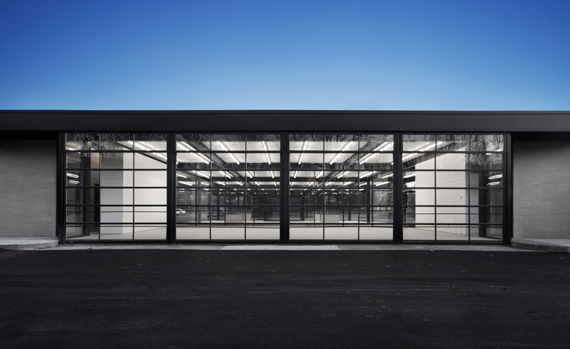 Wall Frames Vancouver Les Architectes Fabg Mies Van Der Rohe Gas Station Conversion