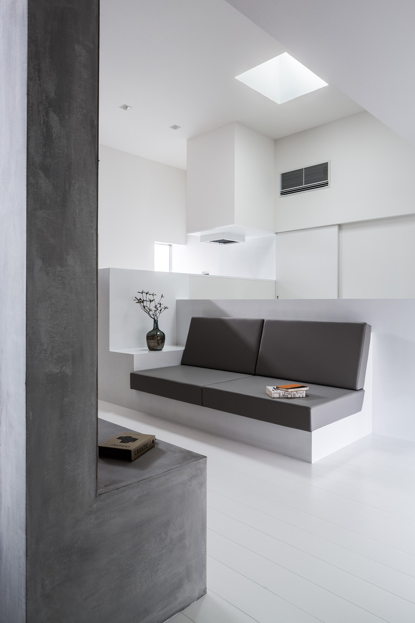 U Form Sofa Cozy House By Form / Kouichi Kimura Architects Has A