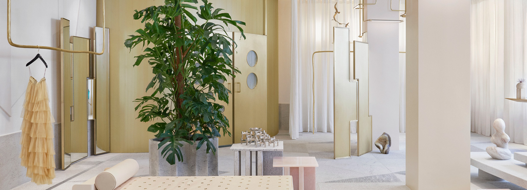 Boutique Design Paris Pink Onyx Granite And Brass Take Center Stage At The Forte Forte
