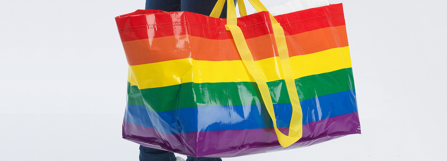 Ikea Tv Wagen Ikea Releases Limited Edition Rainbow Shopping Bag In Celebration Of