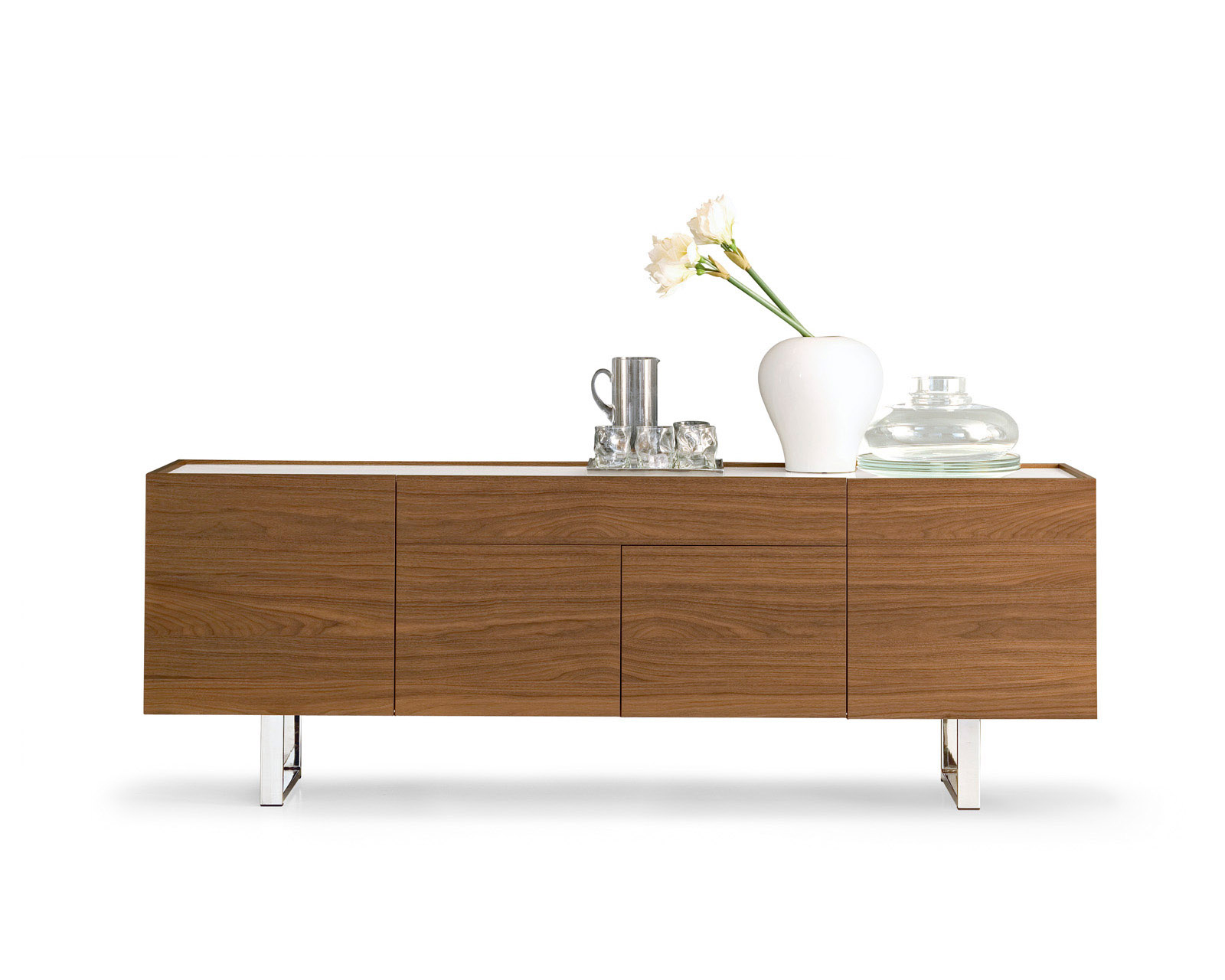 Designer Furniture Golden Gate Plaza Calligairs Horizon Buffet
