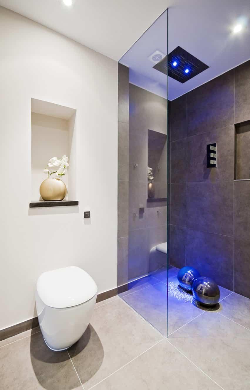Ultra modern bathroom design with large ceramic tiles
