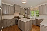 50 Gorgeous Kitchen Designs With Islands - Designing Idea