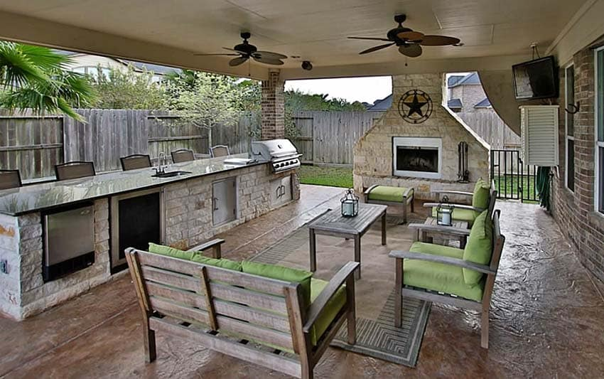 37 Outdoor Kitchen Ideas & Designs (Picture Gallery