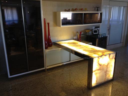 Diseño de bar en área social, se diseñó una barra especial para el - bar für küche