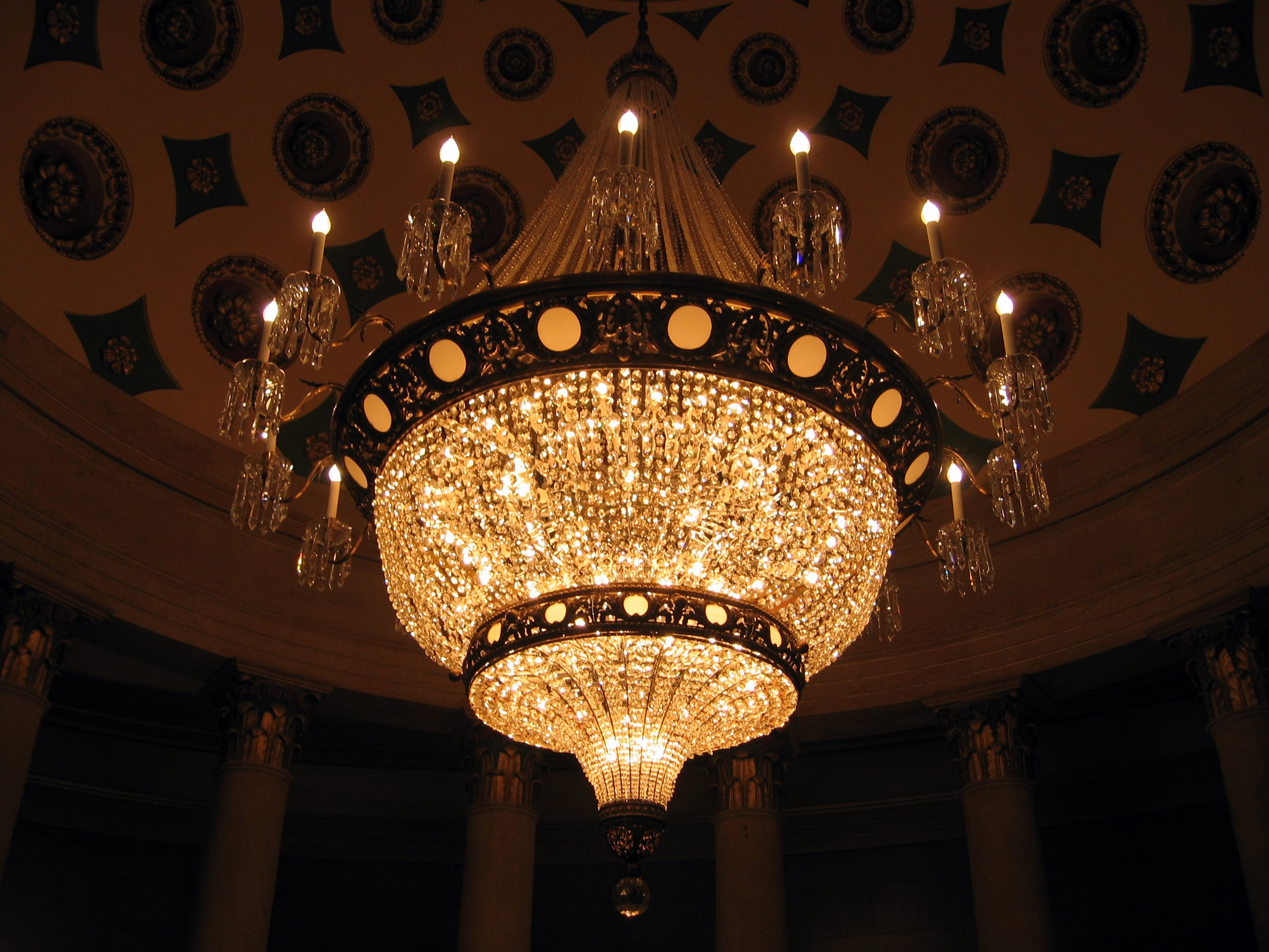 Titanic 3d Wallpaper Free Download Top 10 Most Expensive Chandeliers In The World Design