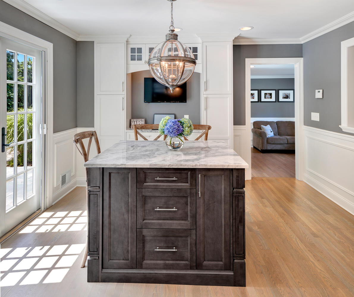Timeless Grey And White Kitchen Middletown New Jersey By Design Line Kitchens