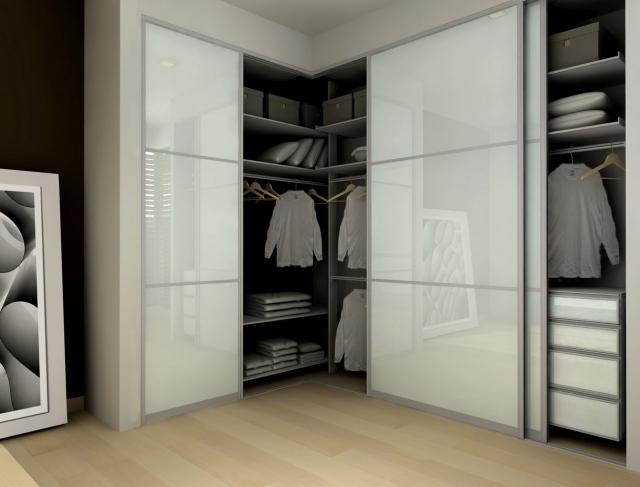 idées-porte-coulissante-optimiser-espace-maison-garde-robe-rangement