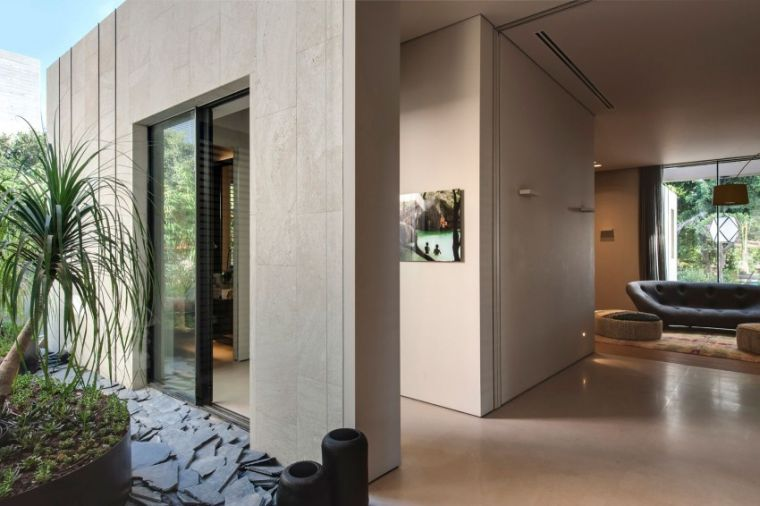 Gallery of INOUT House   Joan Puigcorbé - 50 Architecture