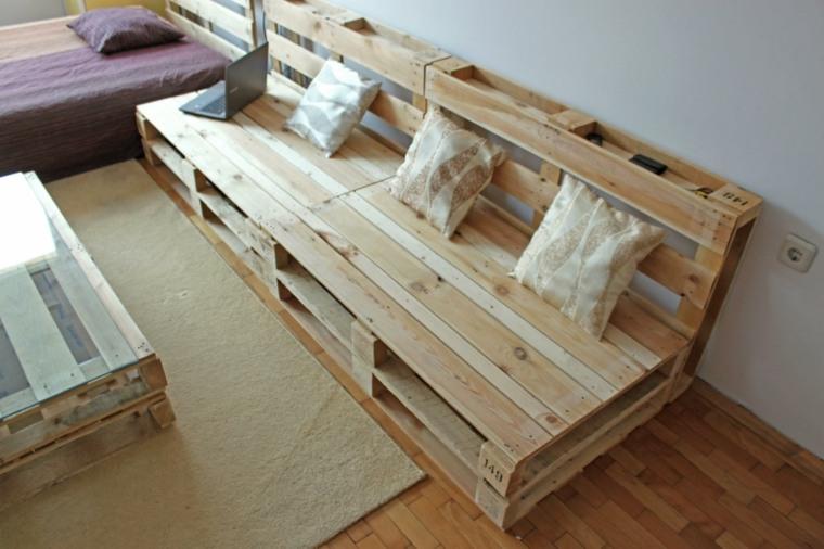Porte clé mural à faire soi-même  6 tutoriels de DIY décoration - fabriquer escalier exterieur bois