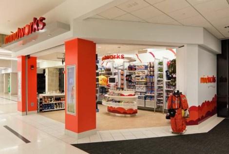 mindworks storefront at PHL